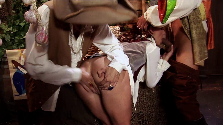 порно видео в царском дворе делают парням